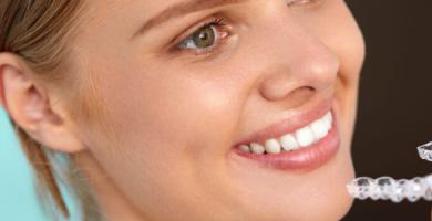 Quanto tempo dura o tratamento ortodôntico invisível Invisalign?