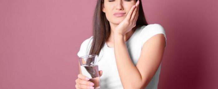 Dor de dente: o que fazer quando não posso ir ao dentista imediatamente?