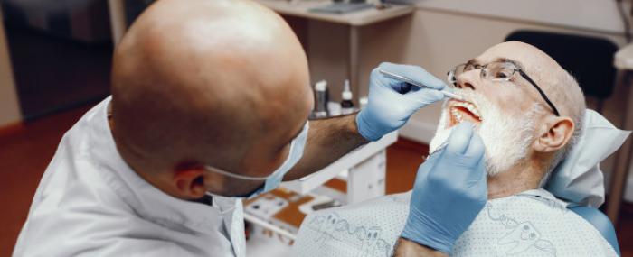 Como a saúde bucal impacta na qualidade de vida dos idosos
